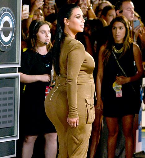 kim-kardashian-side-vma