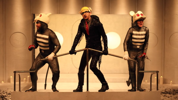 Ezra Juanta, Mitchell Butel and Jacqy Phillips on stage in Mr Burns. Image: © Tony Lewis